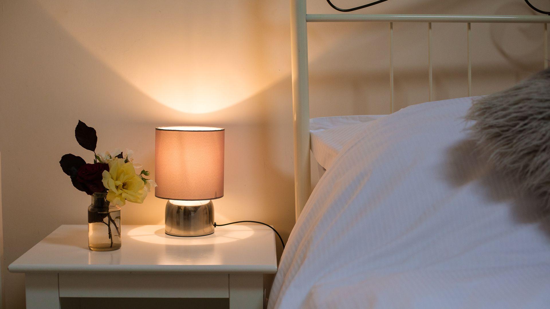 Bedroom Two, Oak Tree Cottage, Bolthole Retreats
