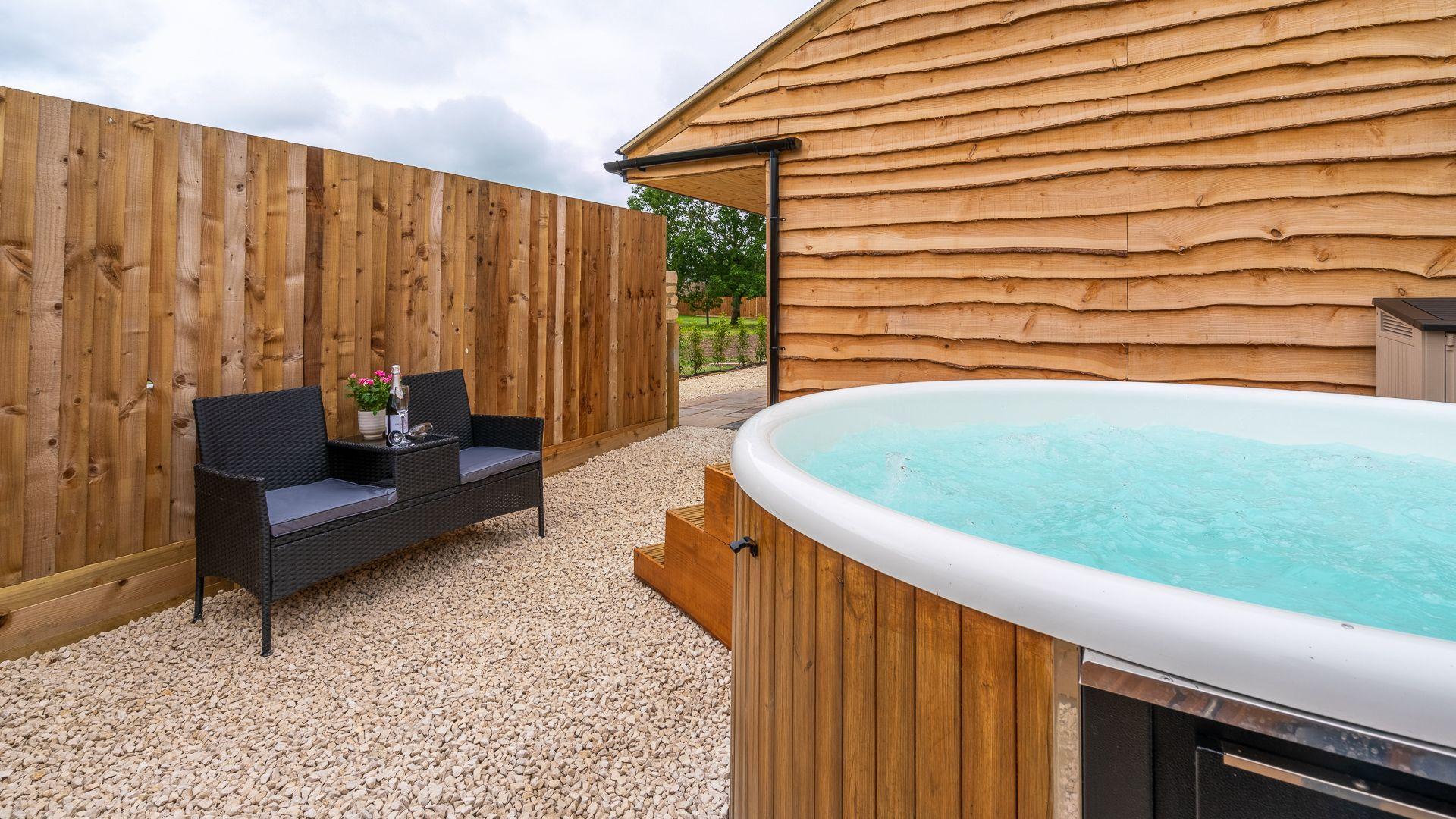 Hot Tub, Lily Barn at Laburnum Farm Estate, Bolthole Retreats