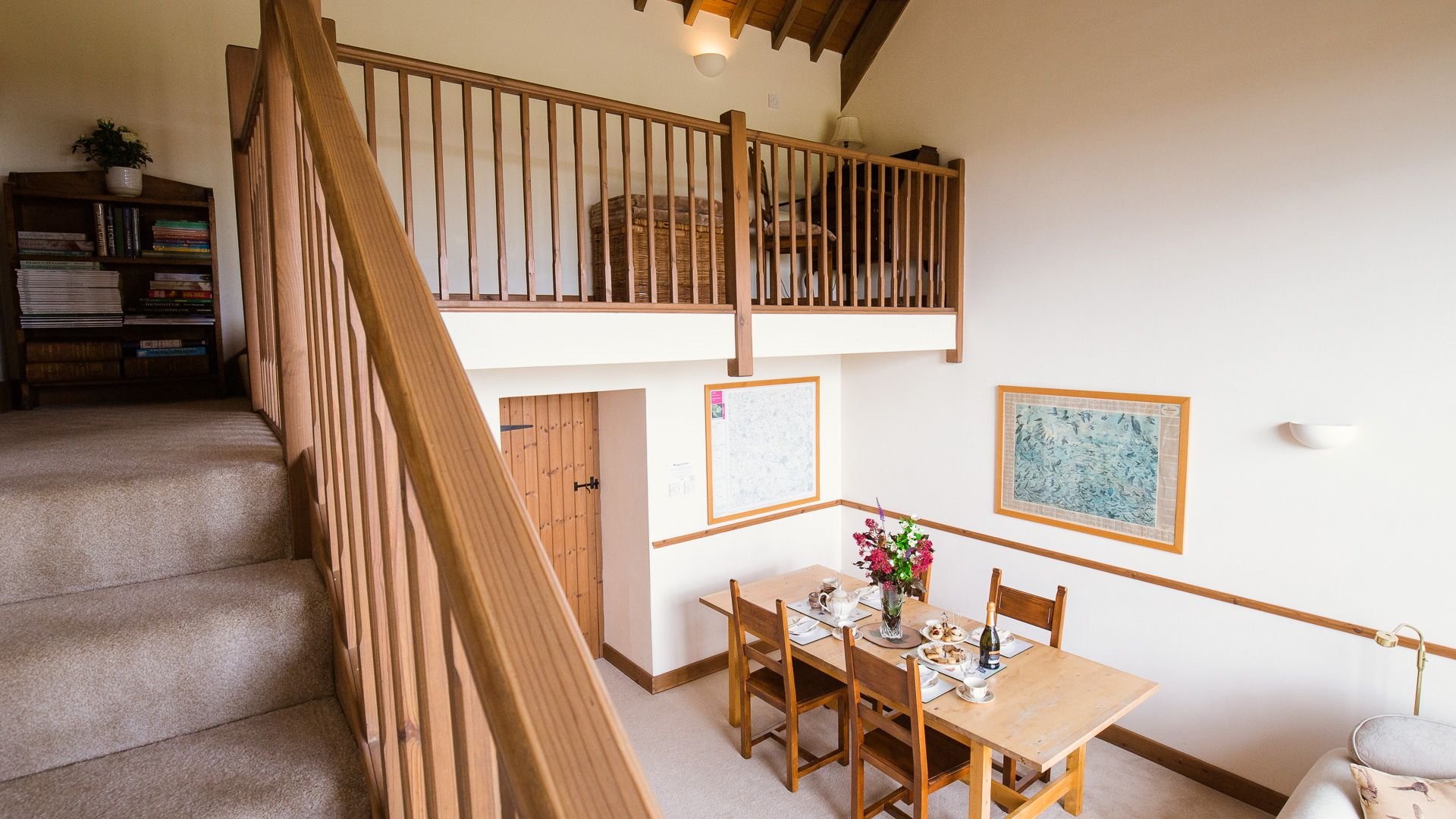 Galley landing, The Gallery, Bolthole Retreats