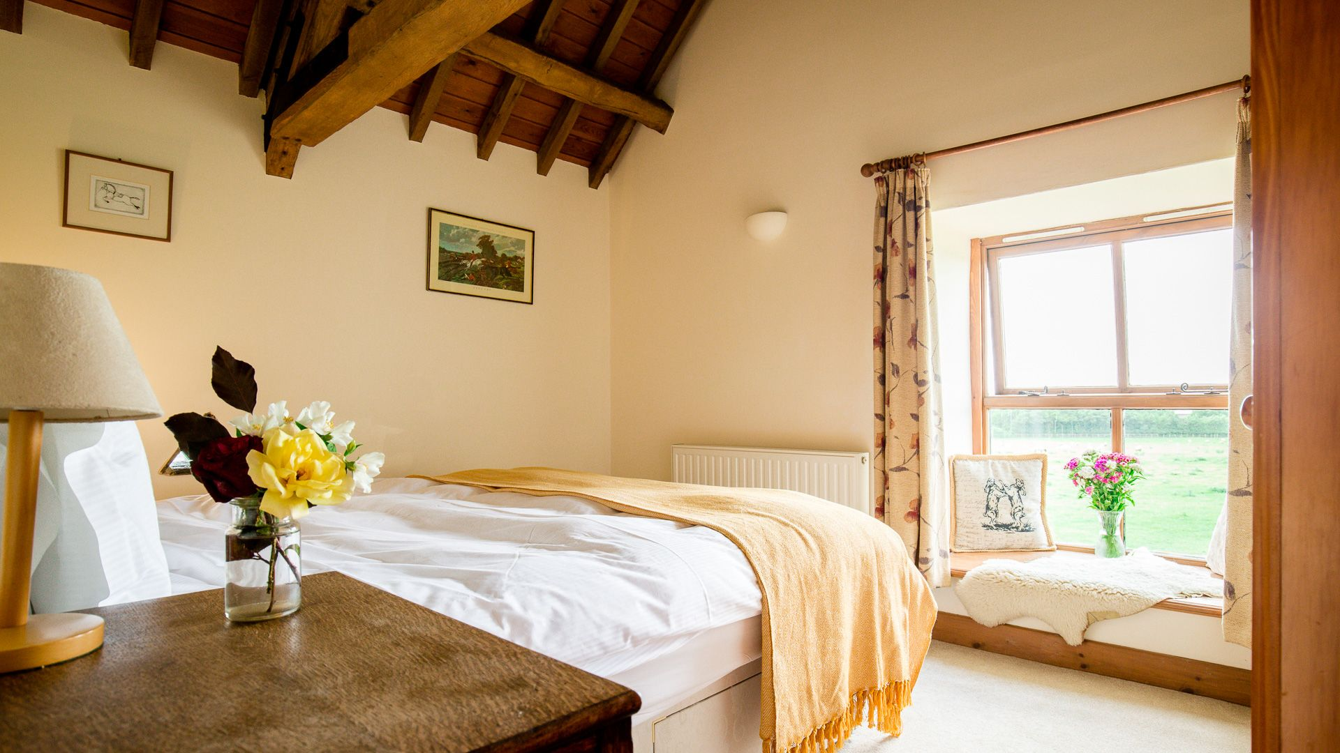 Bedroom Two, The Gallery, Bolthole Retreats