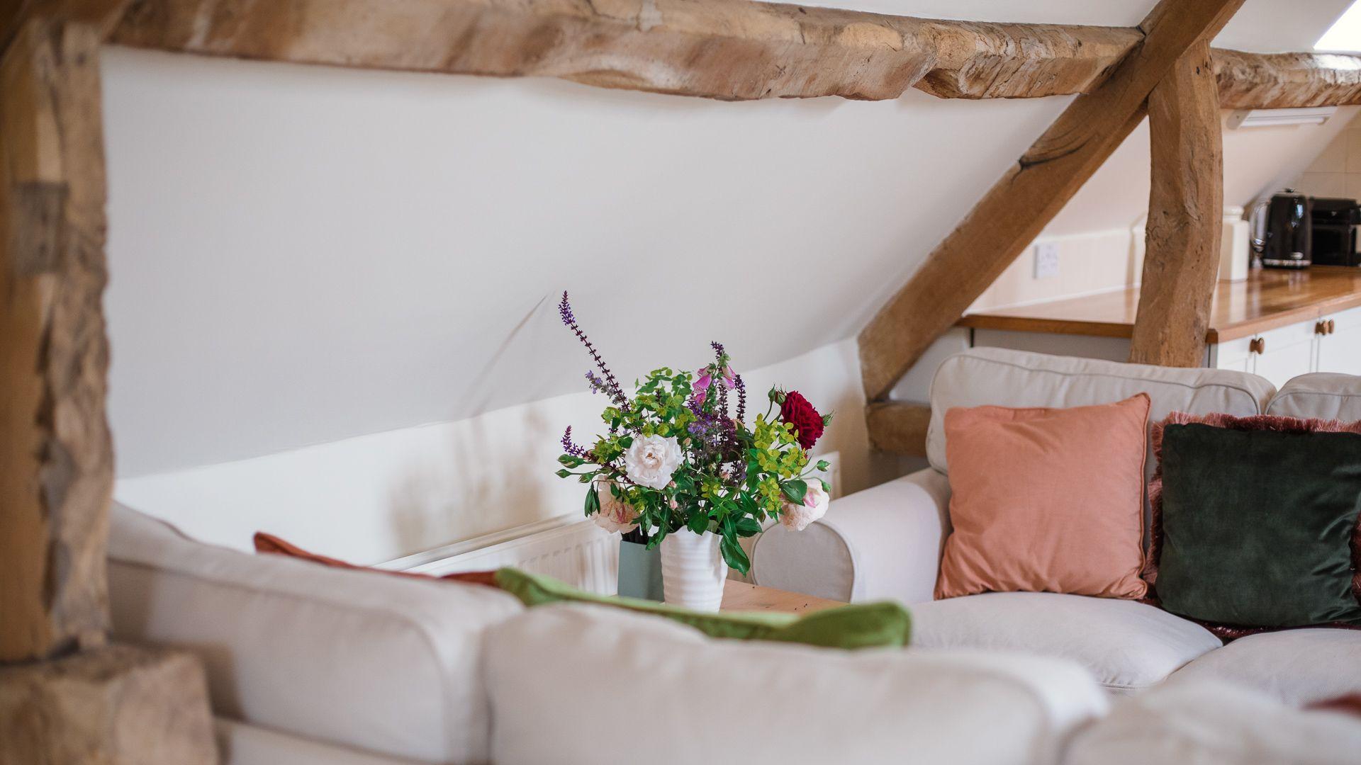 Living area, Hayloft at Newbarn Farm, Bolthole Retreats