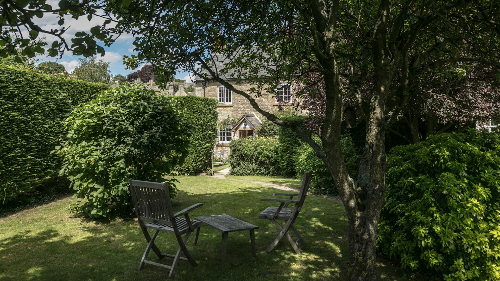 Garden, 1 Horseshoe Cottages, Bolthole Retreats