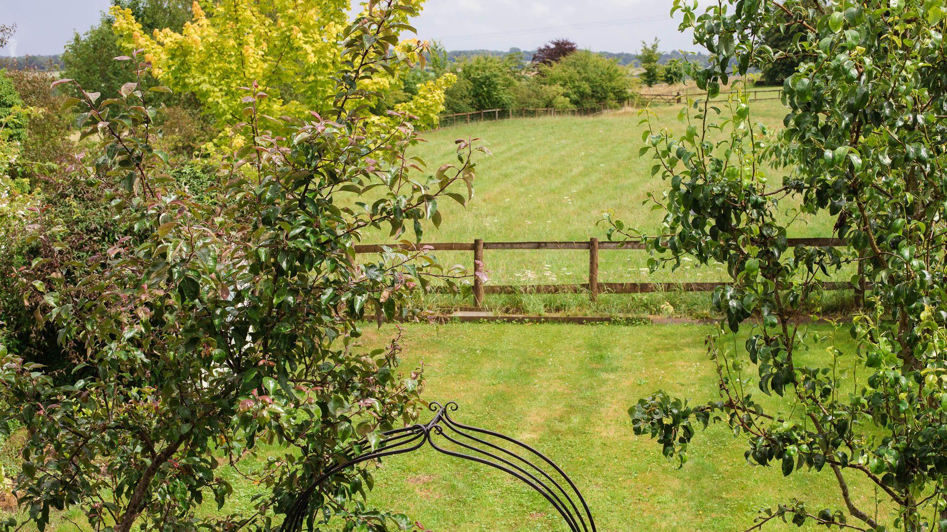 Garden View, Field View, Bolthole Retreats