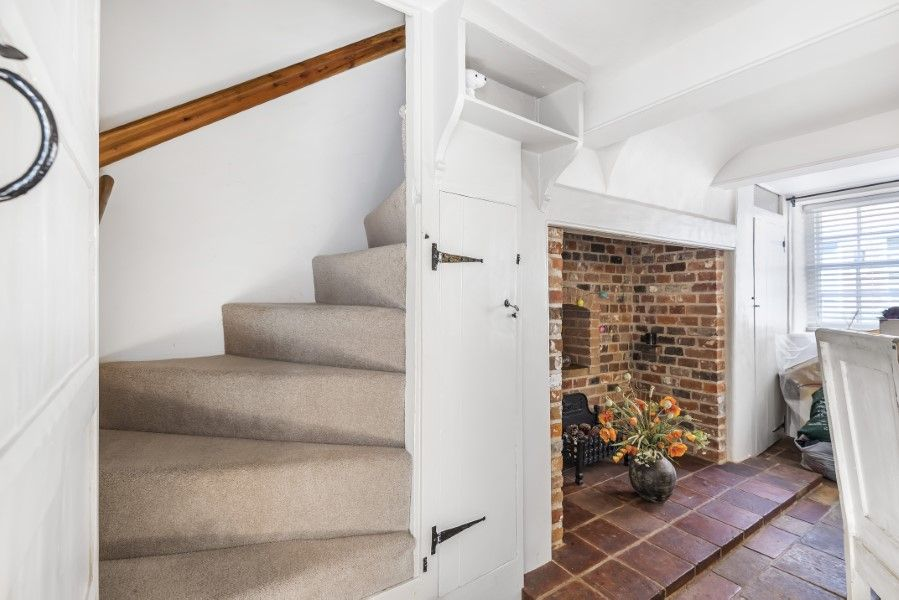Skeet Cottage | Staircase to first floor