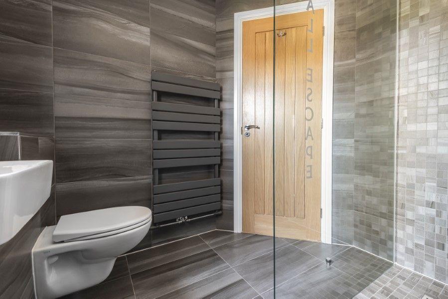 Aspall Escape | Ensuite shower room