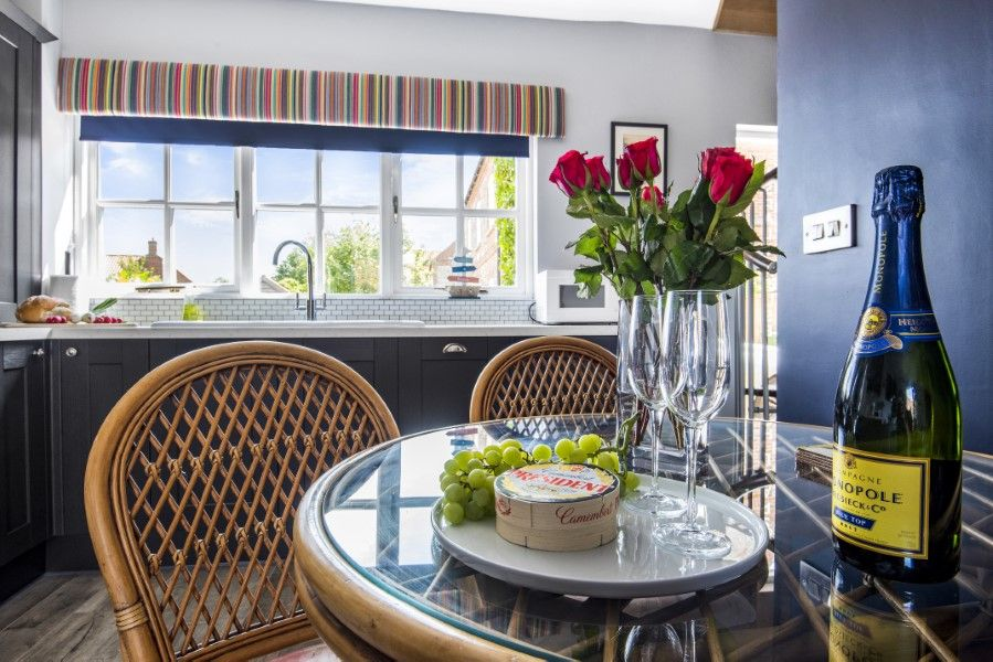 Aspall Escape | Dining table