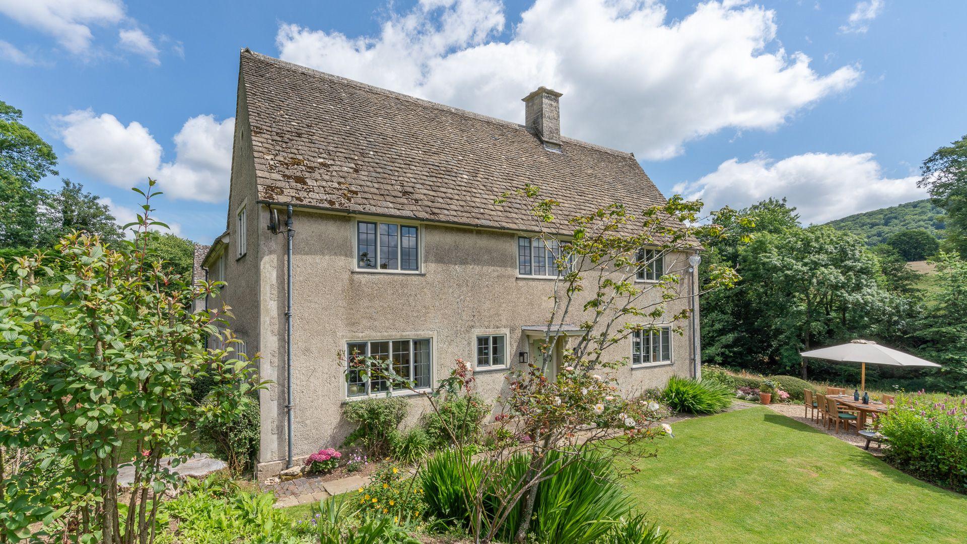 Front View, Court Cottage, Bolthole Retreats