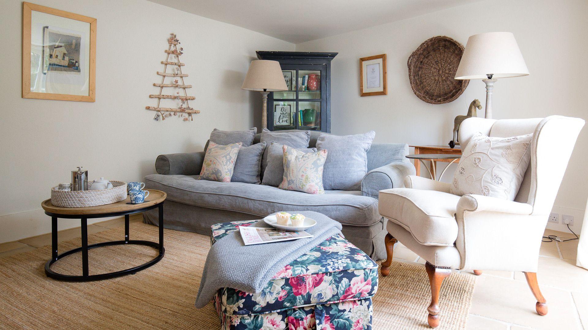 Living room, Apple Store Cottage, Charlbury