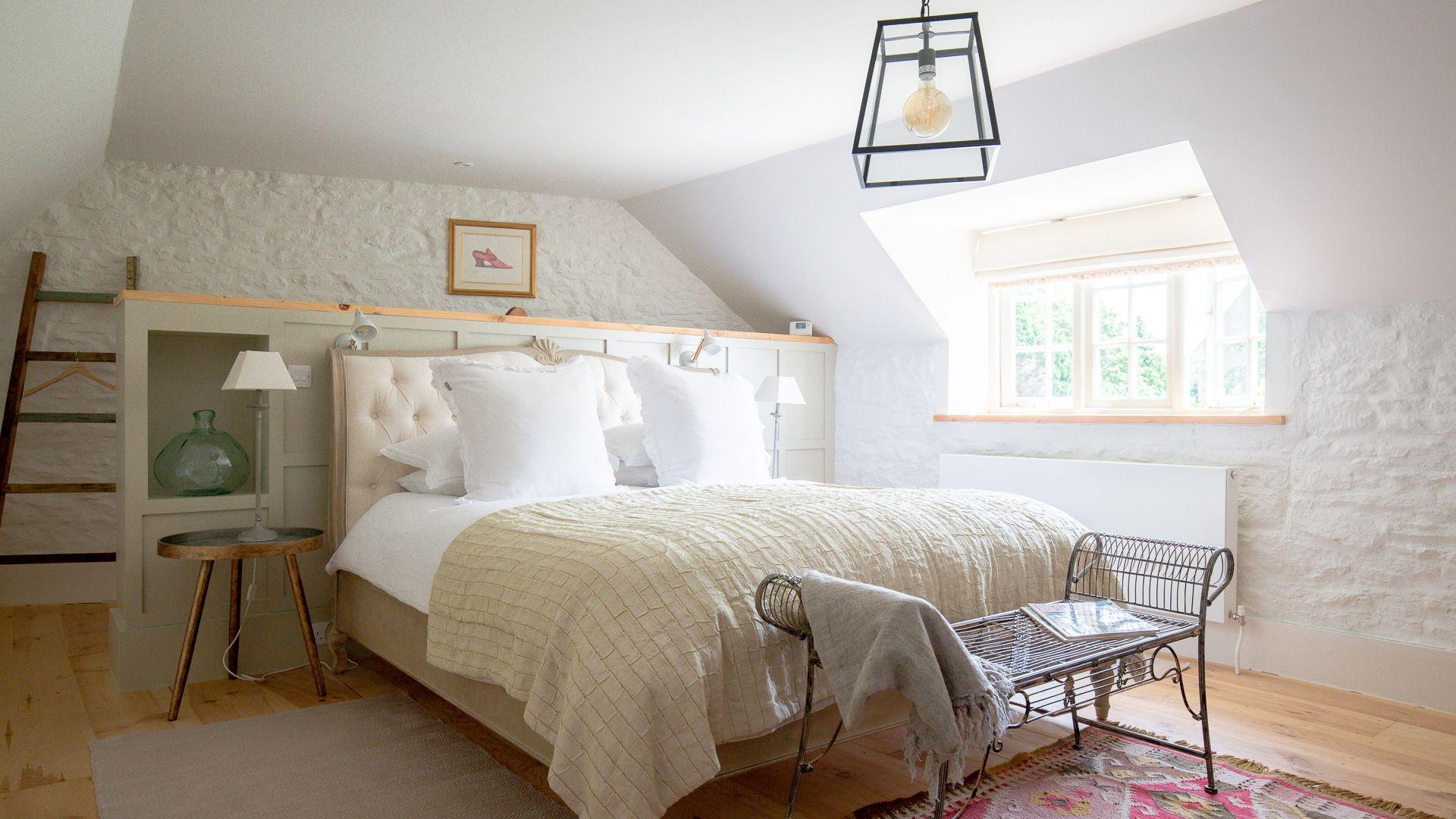 Bedroom, Apple Store Cottage, Charlbury