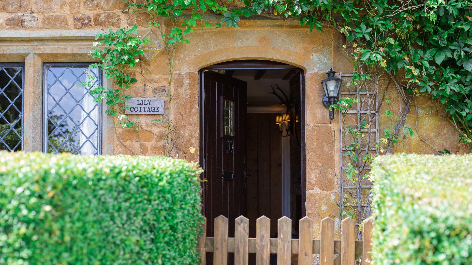 Front Entrance, Lily Cottage, Bolthole Retreats