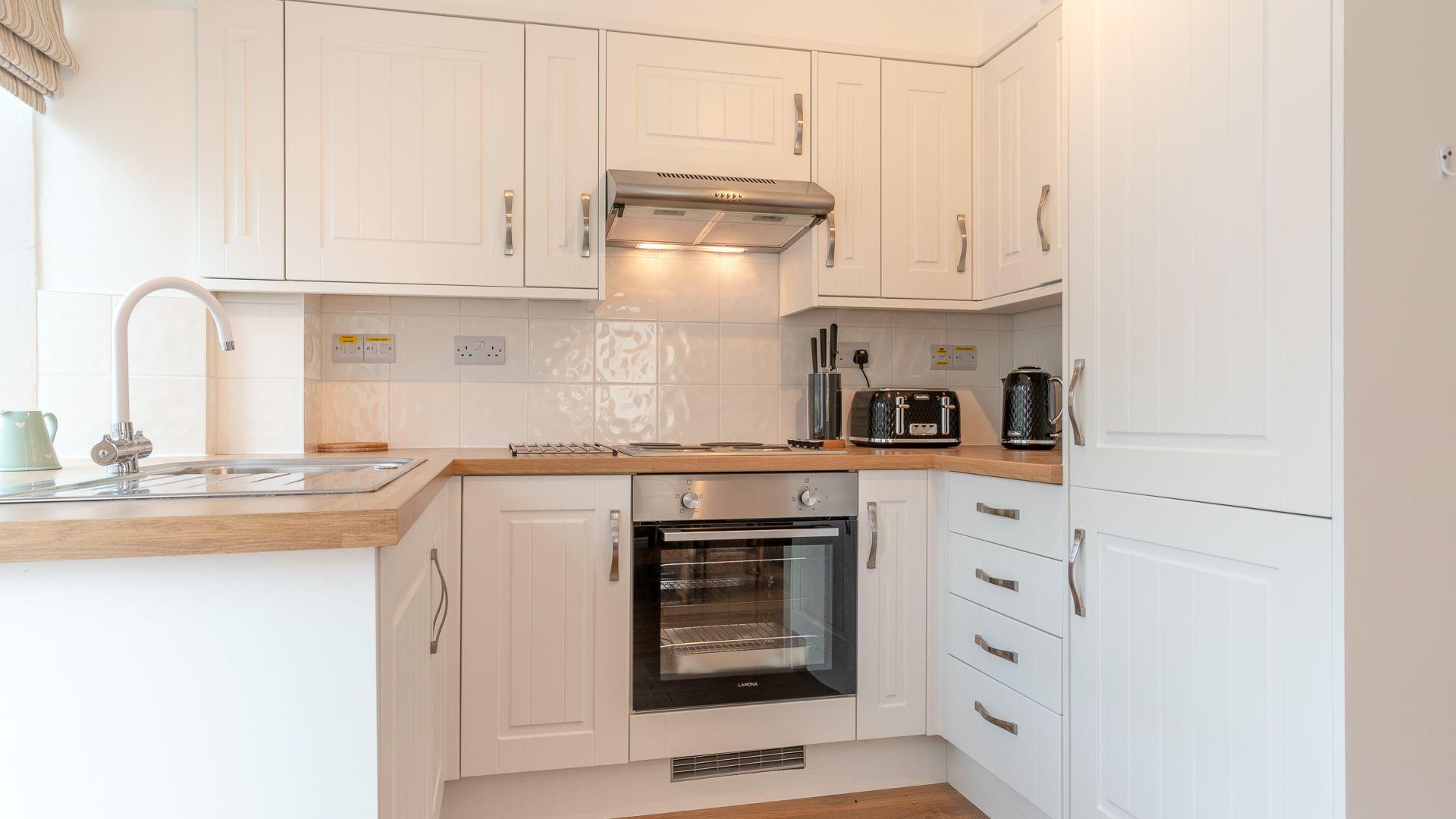 Kitchen, Springfield, Bolthole Retreats