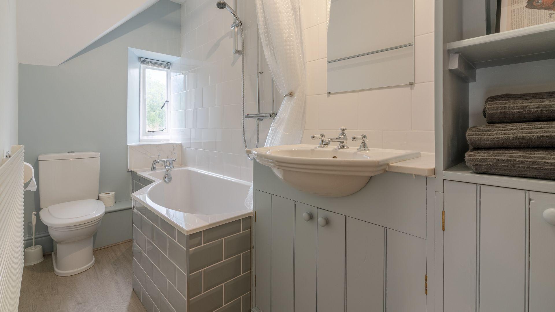 Bathroom, Springfield, Bolthole Retreats