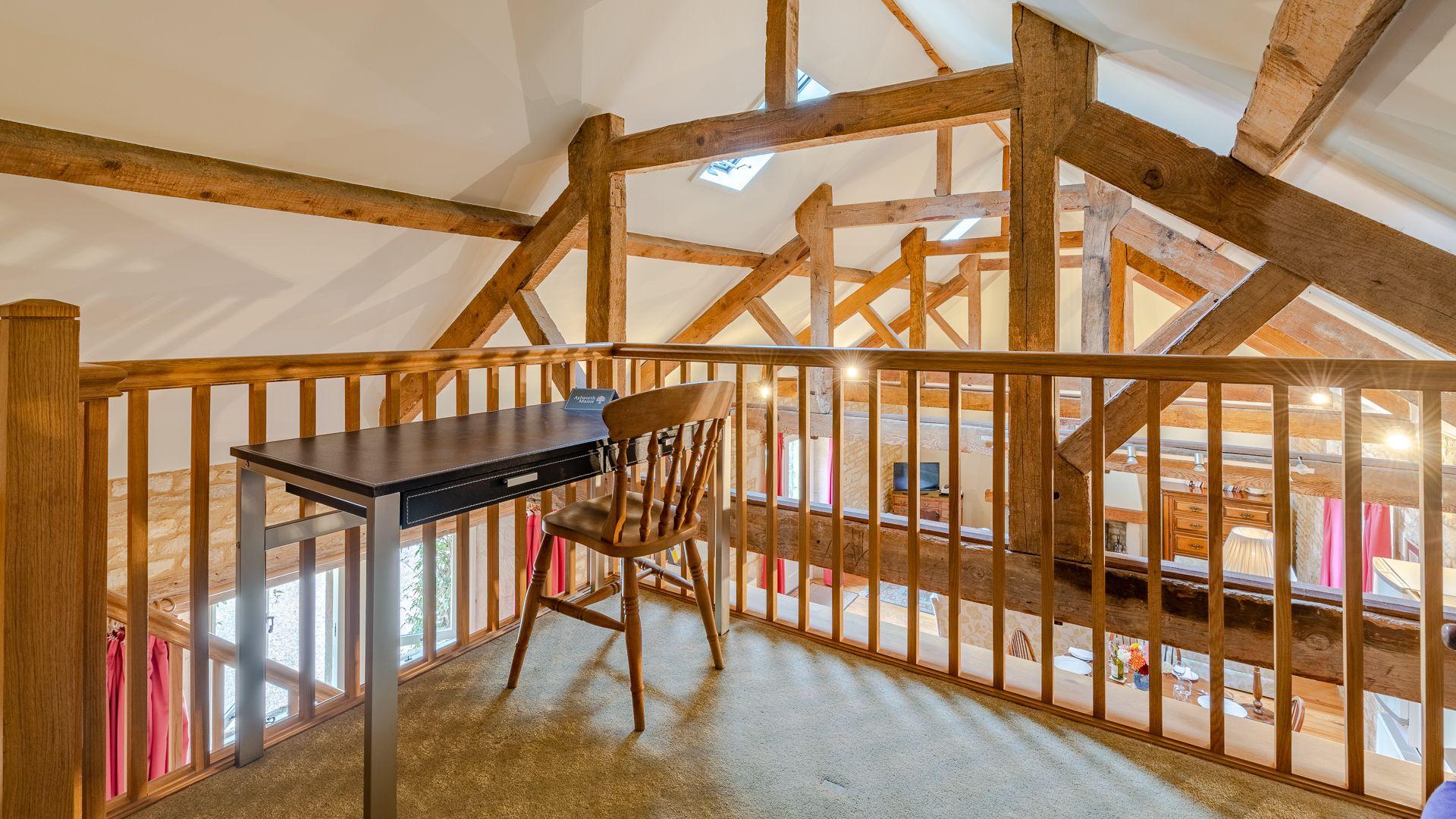 Mezzanine study, Aylworth Manor Granary, Bolthole Retreats