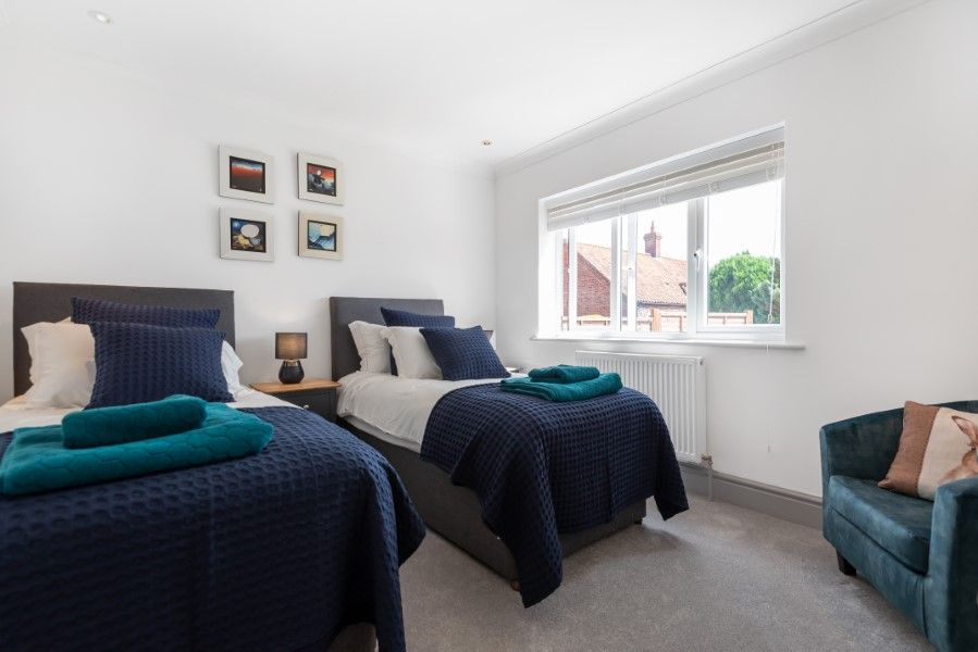 Hares End | Twin bedroom