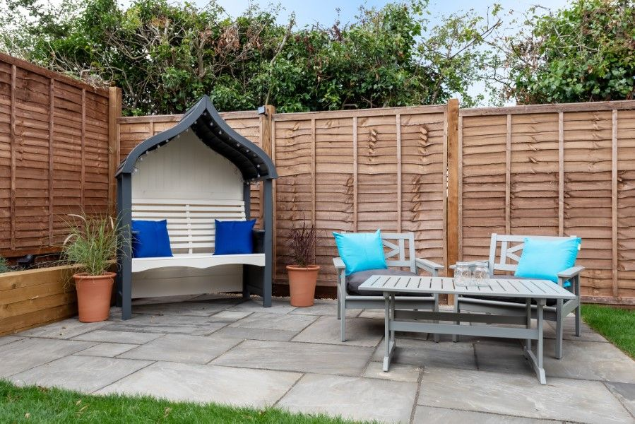 Hares End | Outside seating