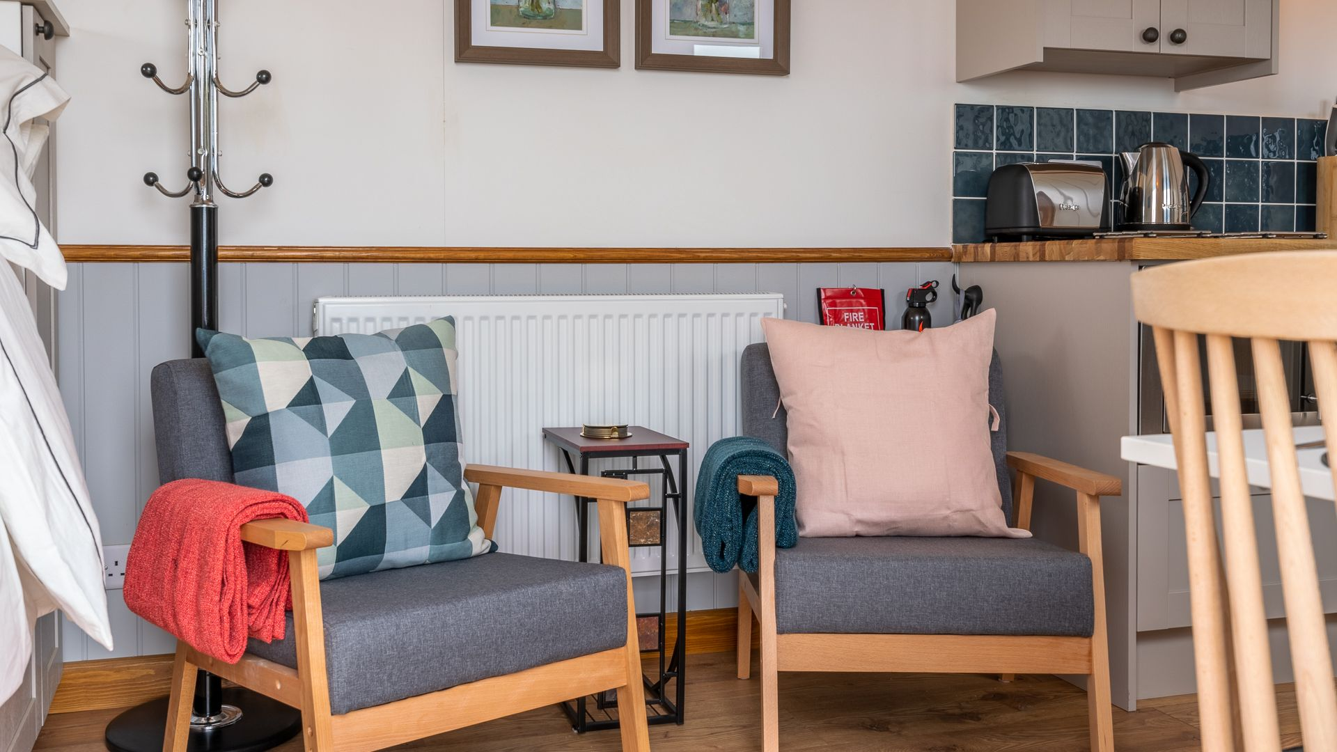 Comfy Seating, Outbak Shepherds Hut, Bolthole Retreats