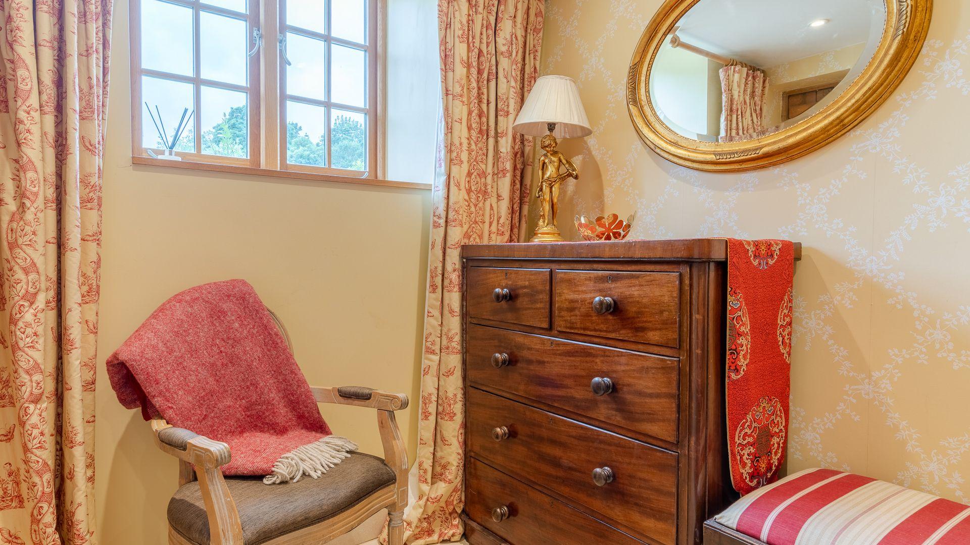 Bedroom One, Little Coach House, Bolthole Retreats