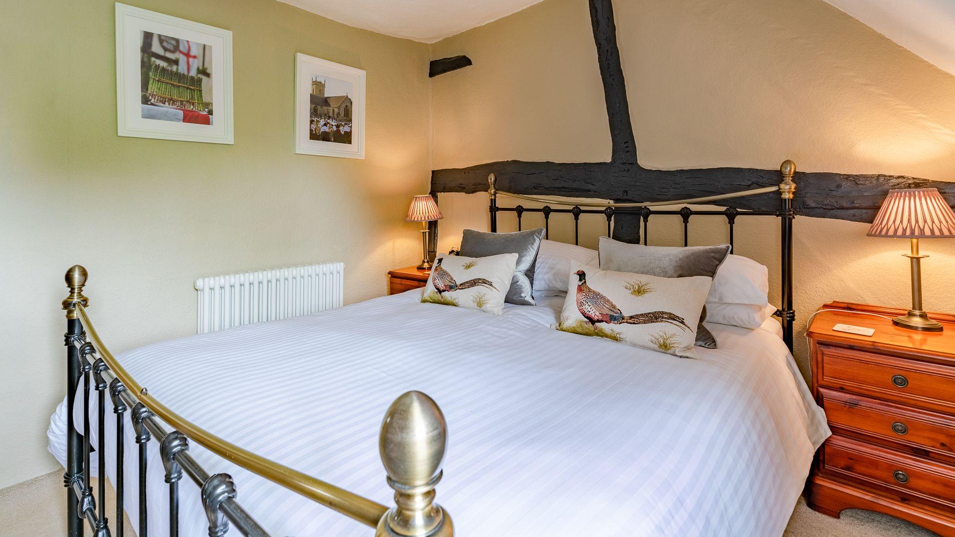 Bedroom One, Rose Cottage, Bolthole Retreats