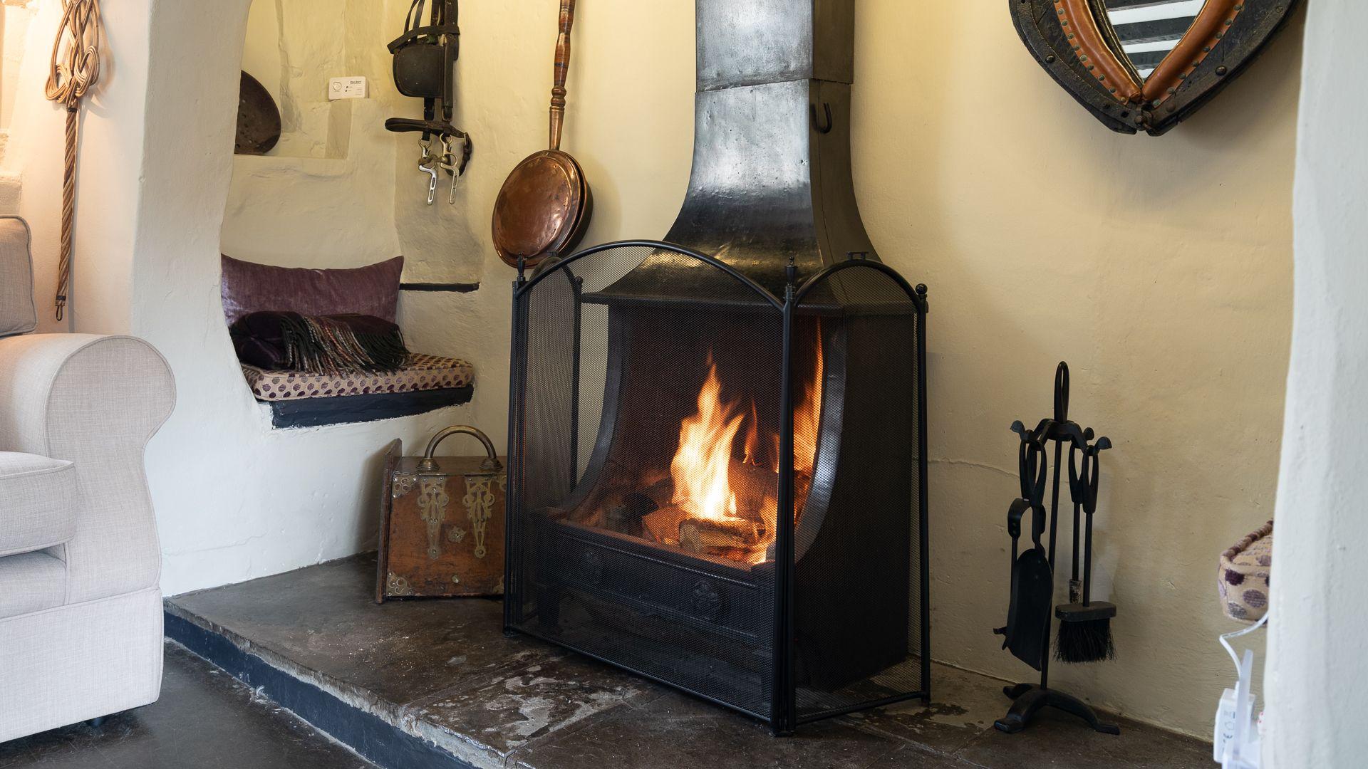 Open Fire, Rose Cottage, Bolthole Retreats
