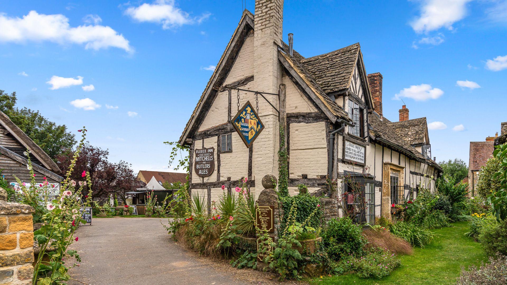The Fleece Inn, Rose Cottage, Bolthole Retreats