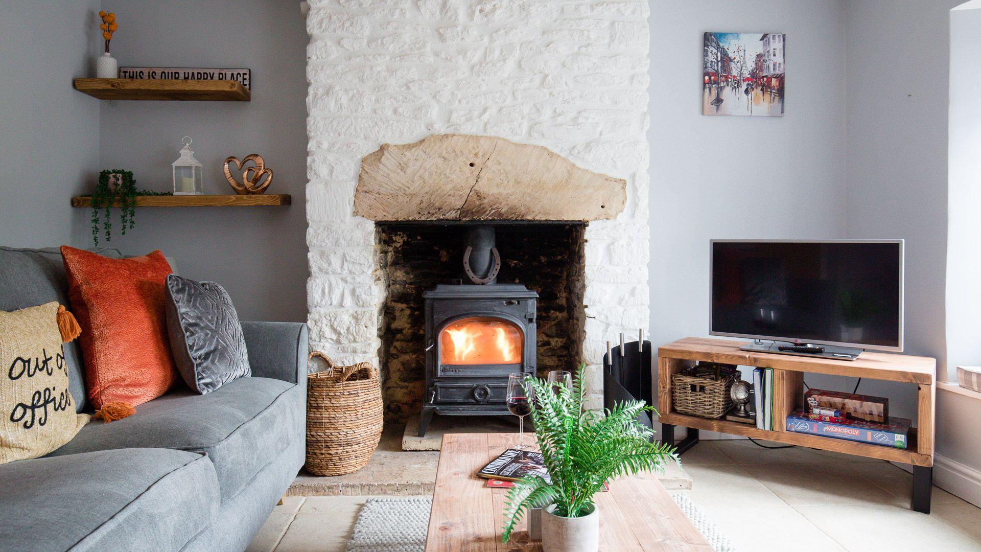Living room with woodburner, Hillside Cottage, Bolthole Retreats