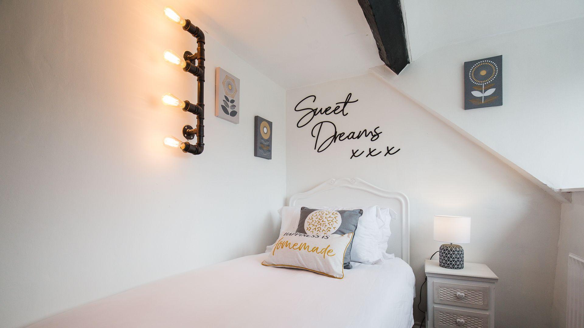Bedroom Three, Hillside Cottage, Bolthole Retreats