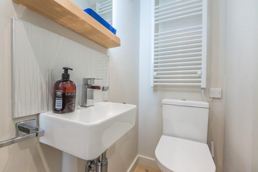 The Shepherd's Hut | Shower room
