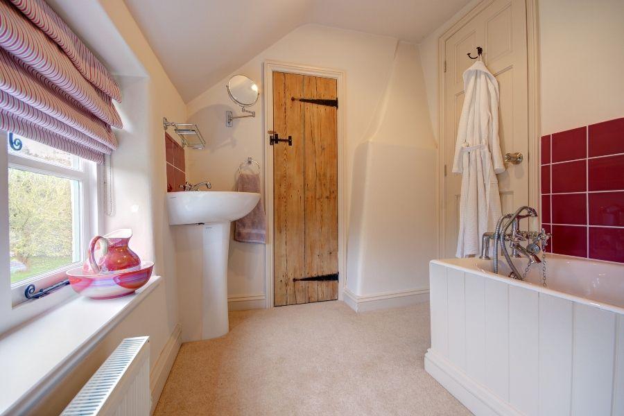 Church Farm Cottage | Bedroom 3 en-suite