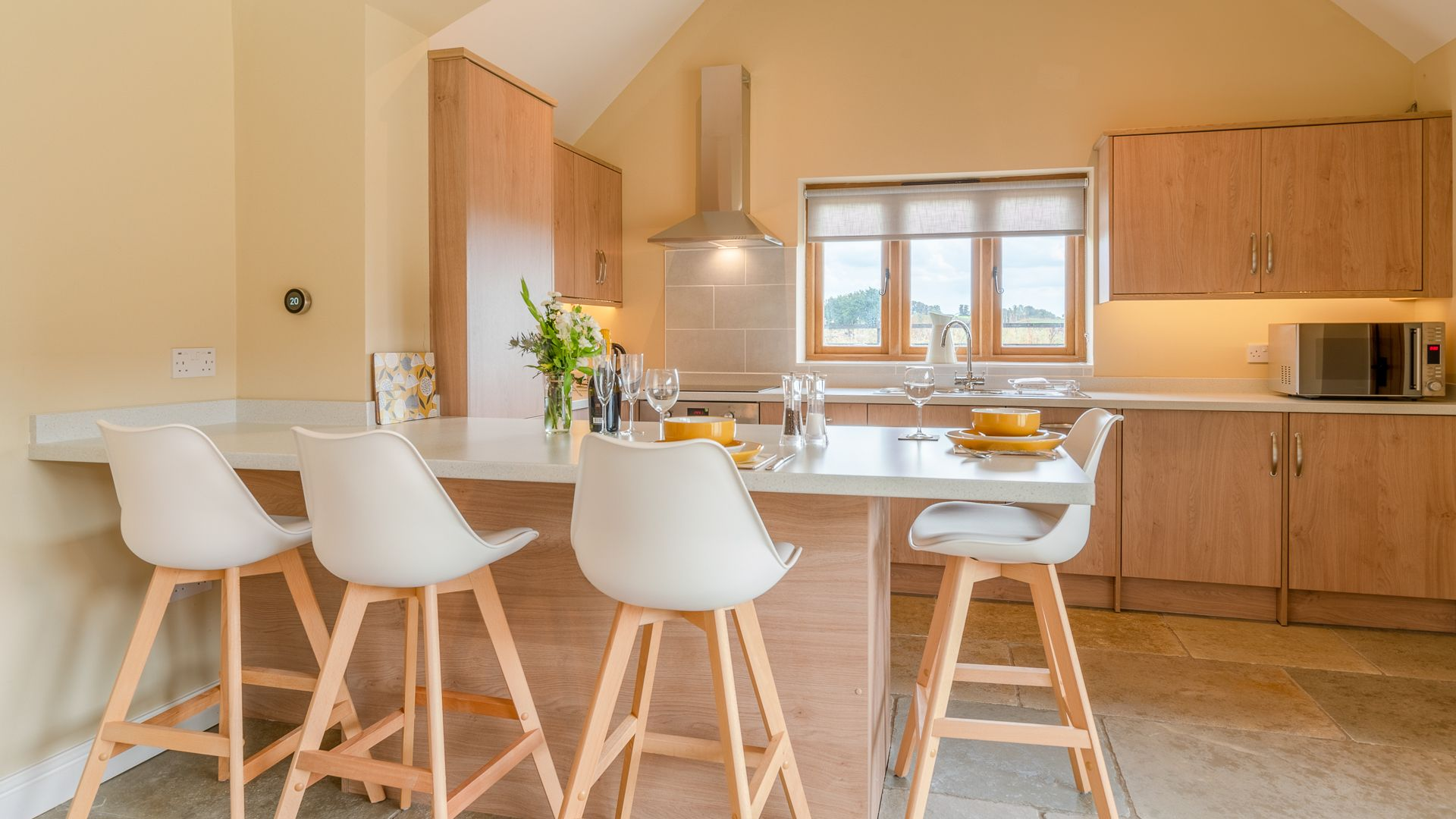 Dining/Kitchen Area, Swifts Retreat, Bolthole Retreats