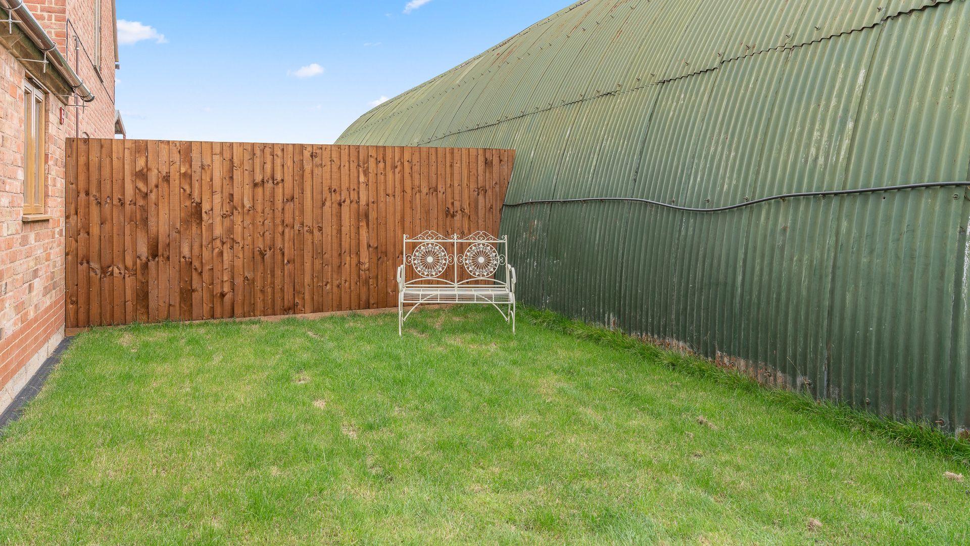 Garden, Swifts Retreat, Bolthole Retreats