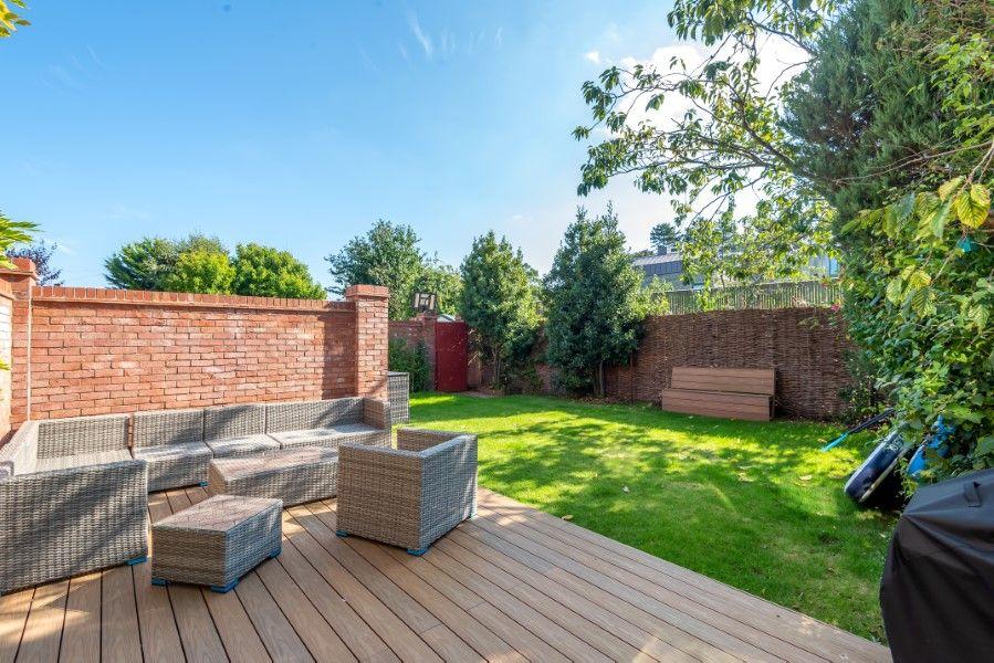 Aster House | Garden terrace