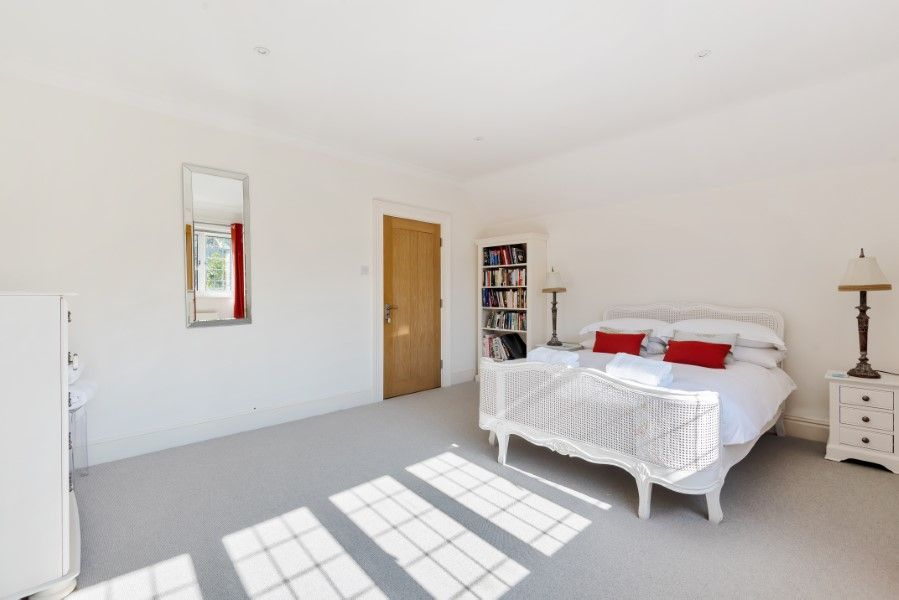 Aster House | Upstairs bedroom 4