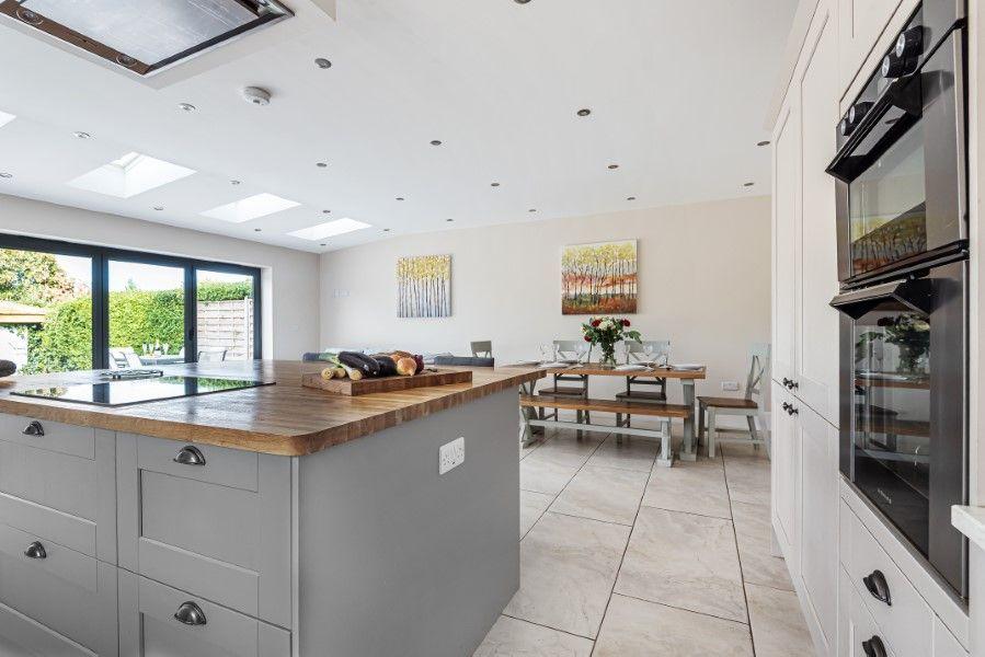 Sea Salt | Kitchen/dining area