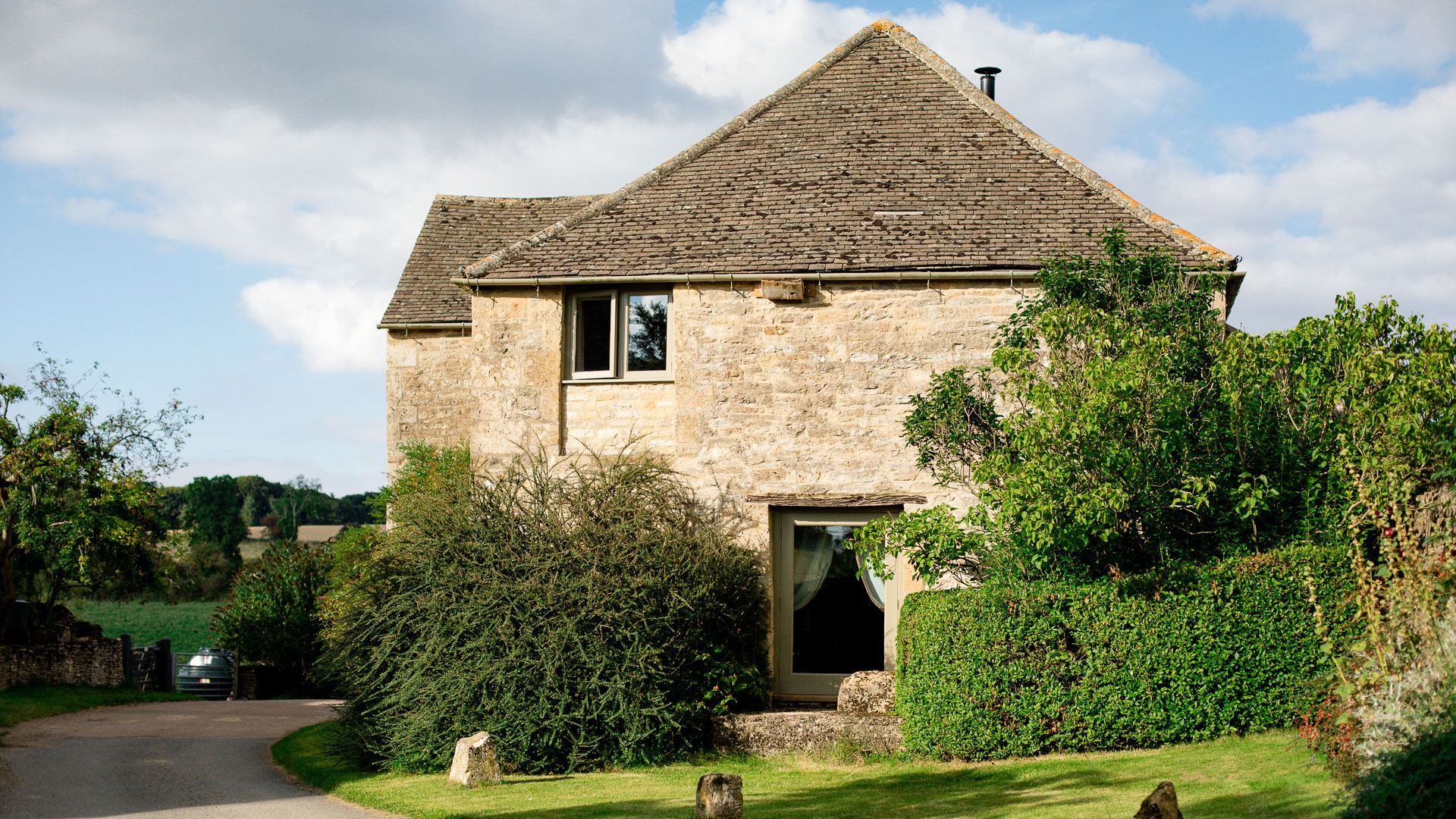 Exterior, Tom's Barn,  Bolthole Retreats