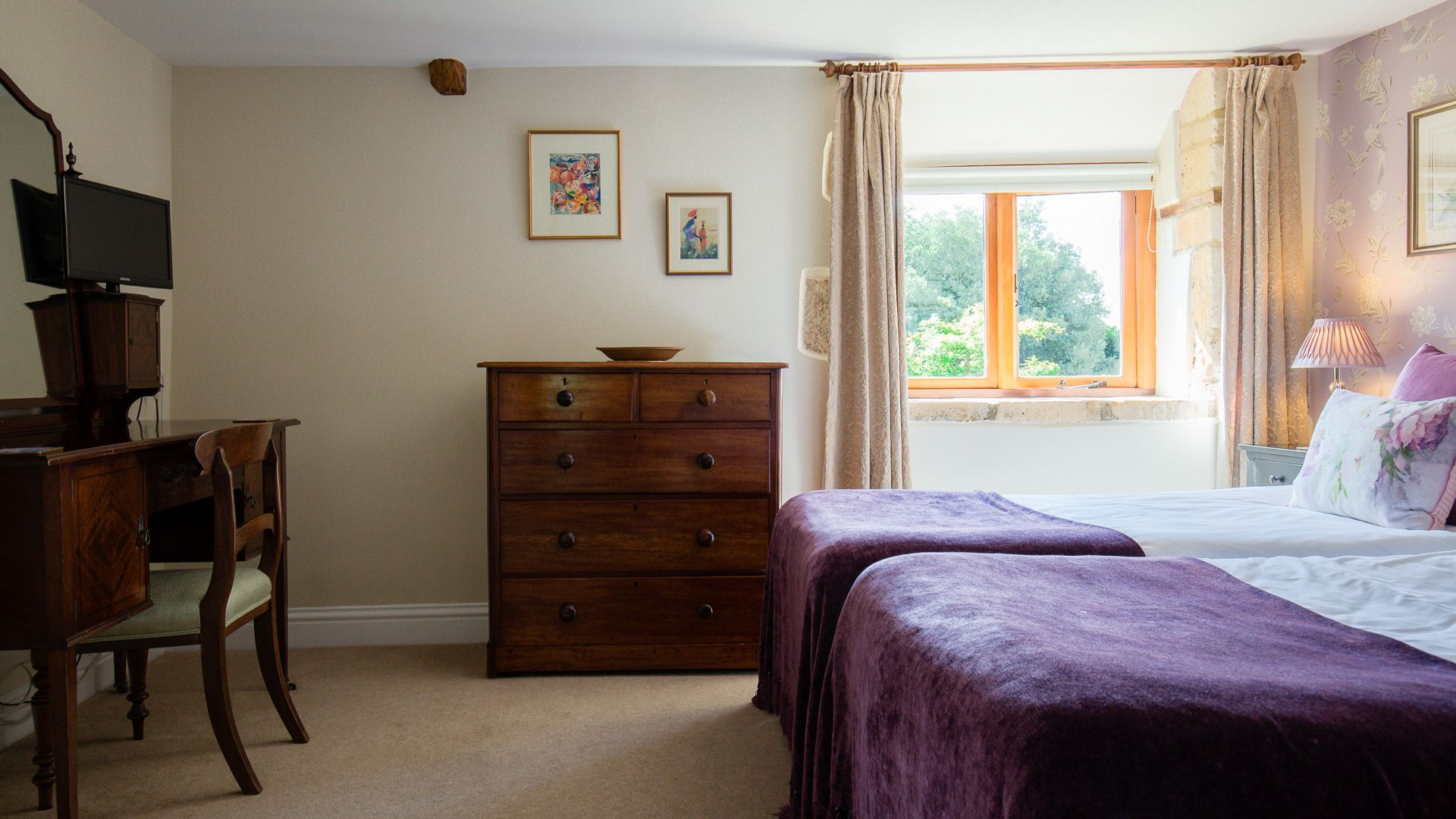 Bedroom Five, Tom's Barn,  Bolthole Retreats
