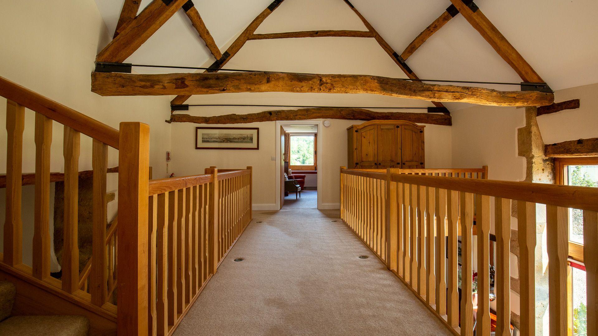 Gallery landing, Tom's Barn,  Bolthole Retreats