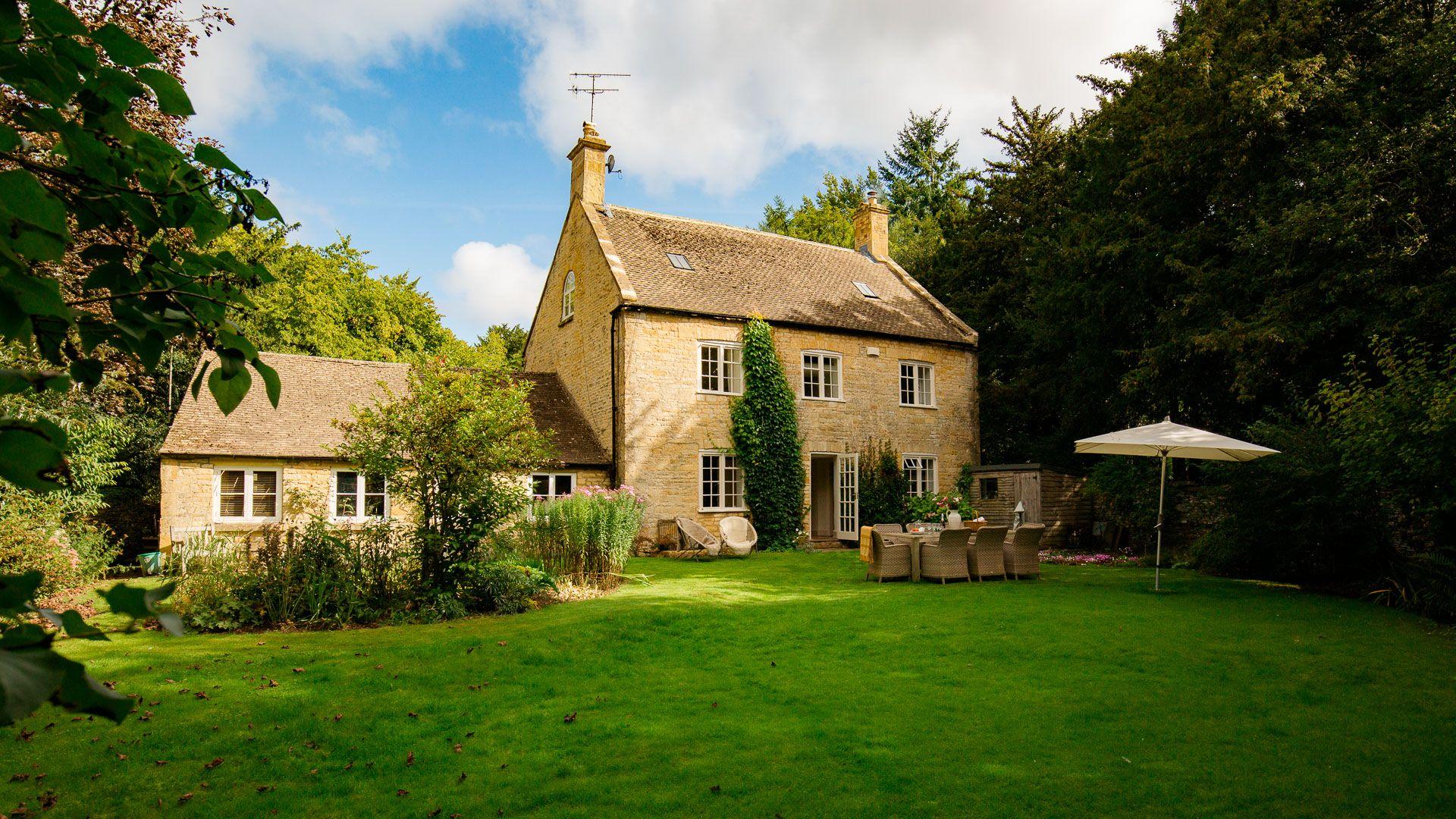 Garden, Temple Guiting Cottage, Bolthole Retreats