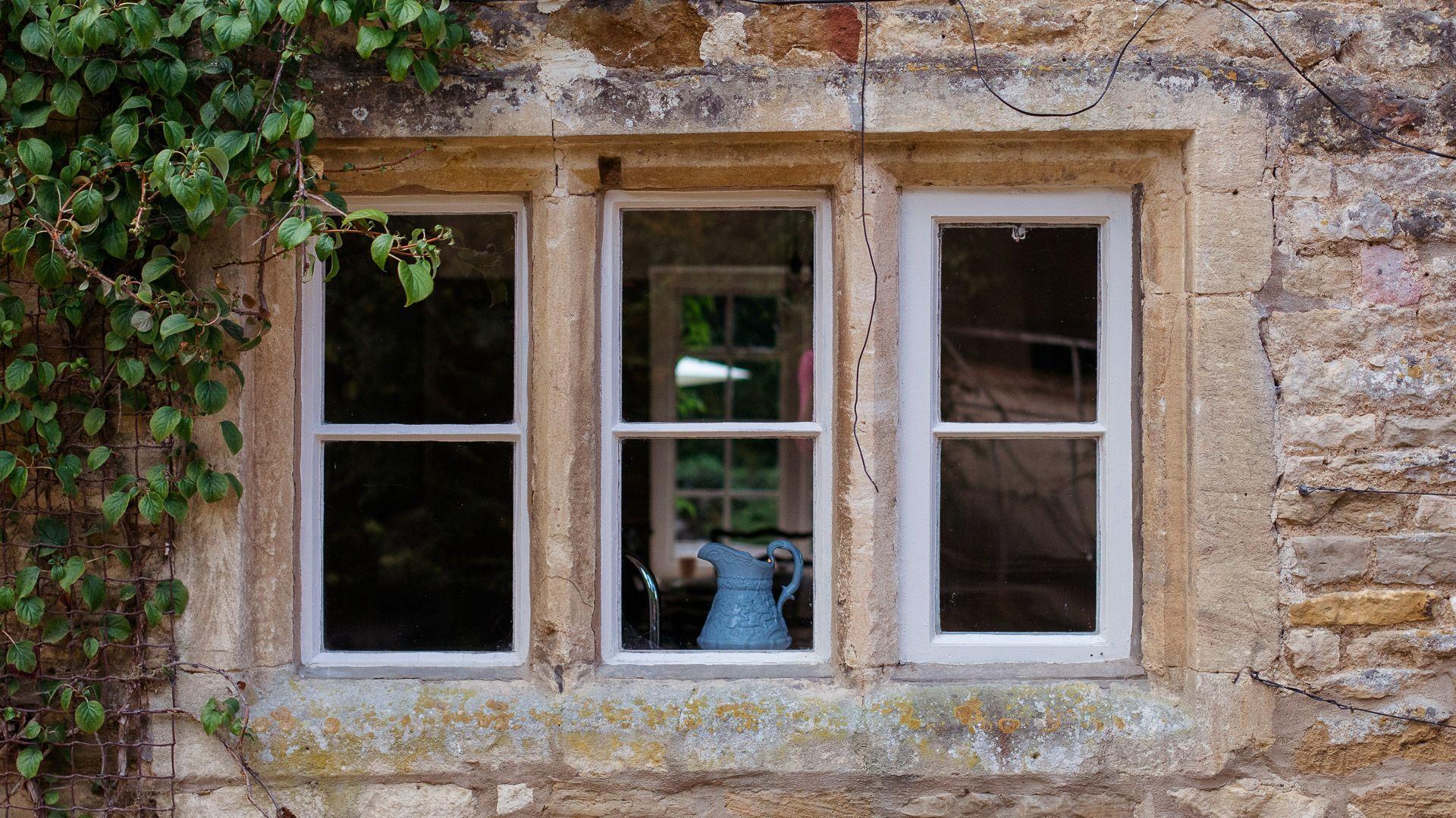 Original Window, Temple Guiting Cottage, Bolthole Retreats
