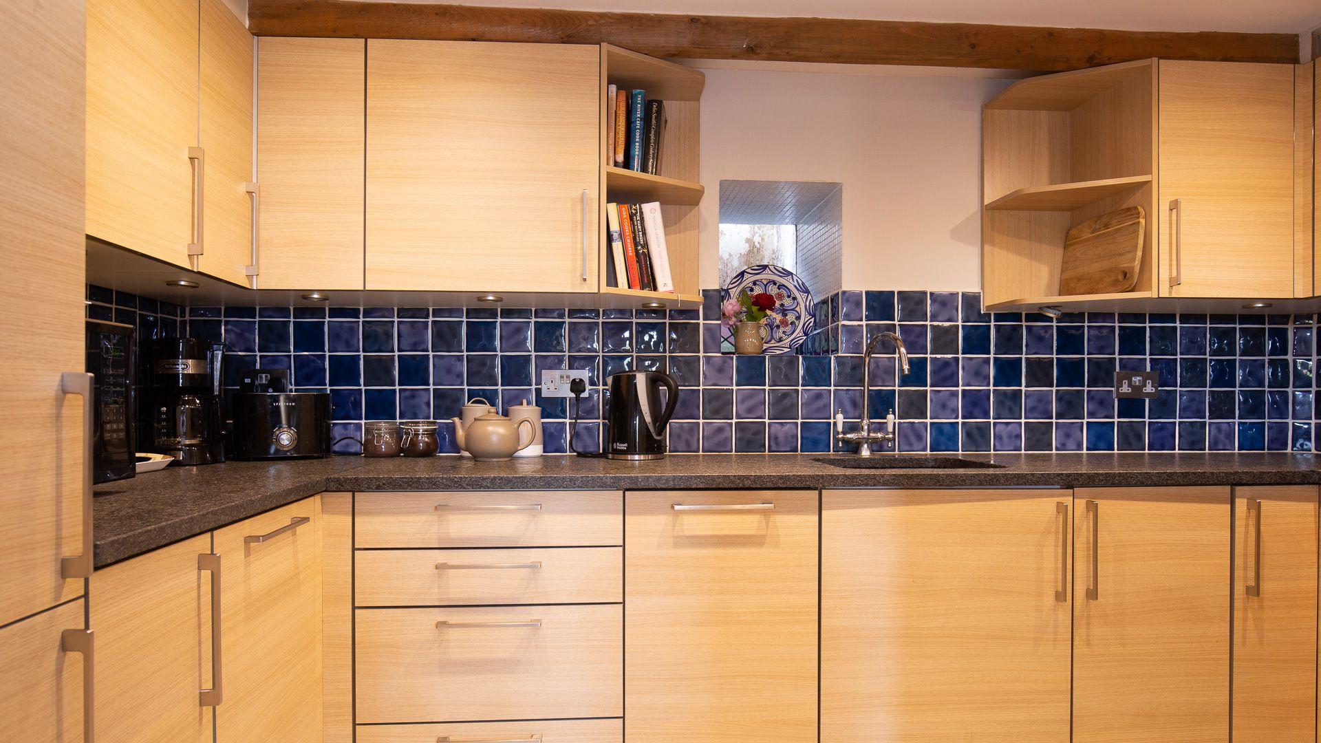 Kitchen, Honeysuckle Cottage, Bolthole Retreats