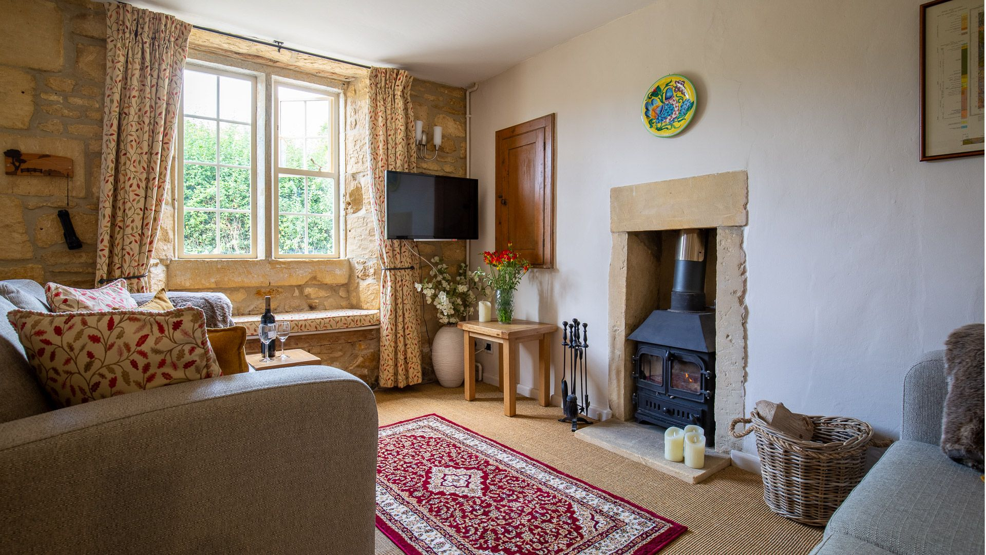 Living Room, Honeysuckle Cottage, Bolthole Retreats