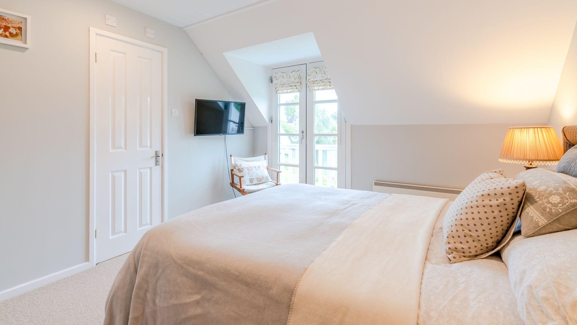 Bedroom one, Mayfly Lake Lodge, Bolthole Retreats