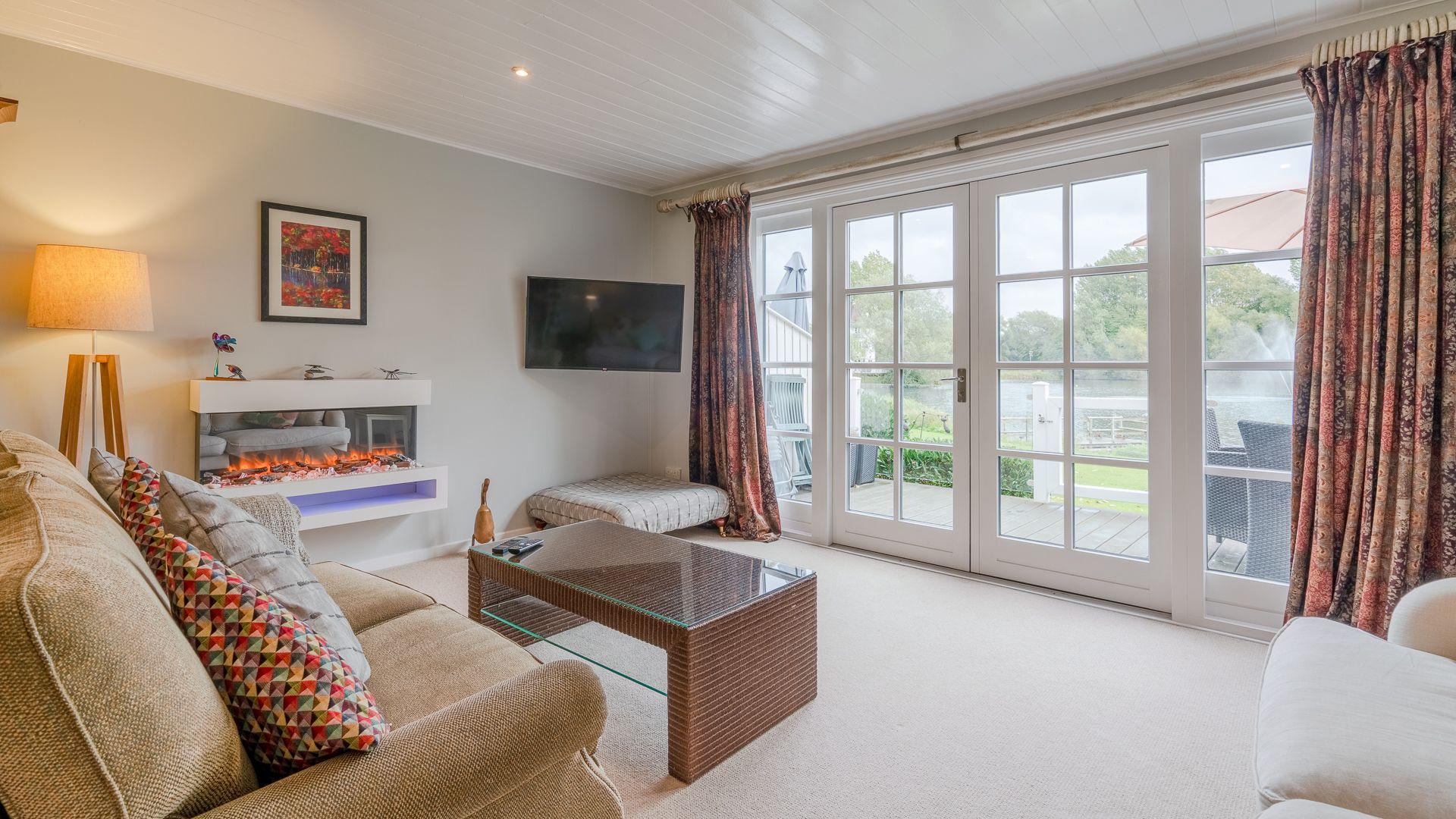 Living room to sundeck view, Mayfly Lake Lodge, Bolthole Retreats