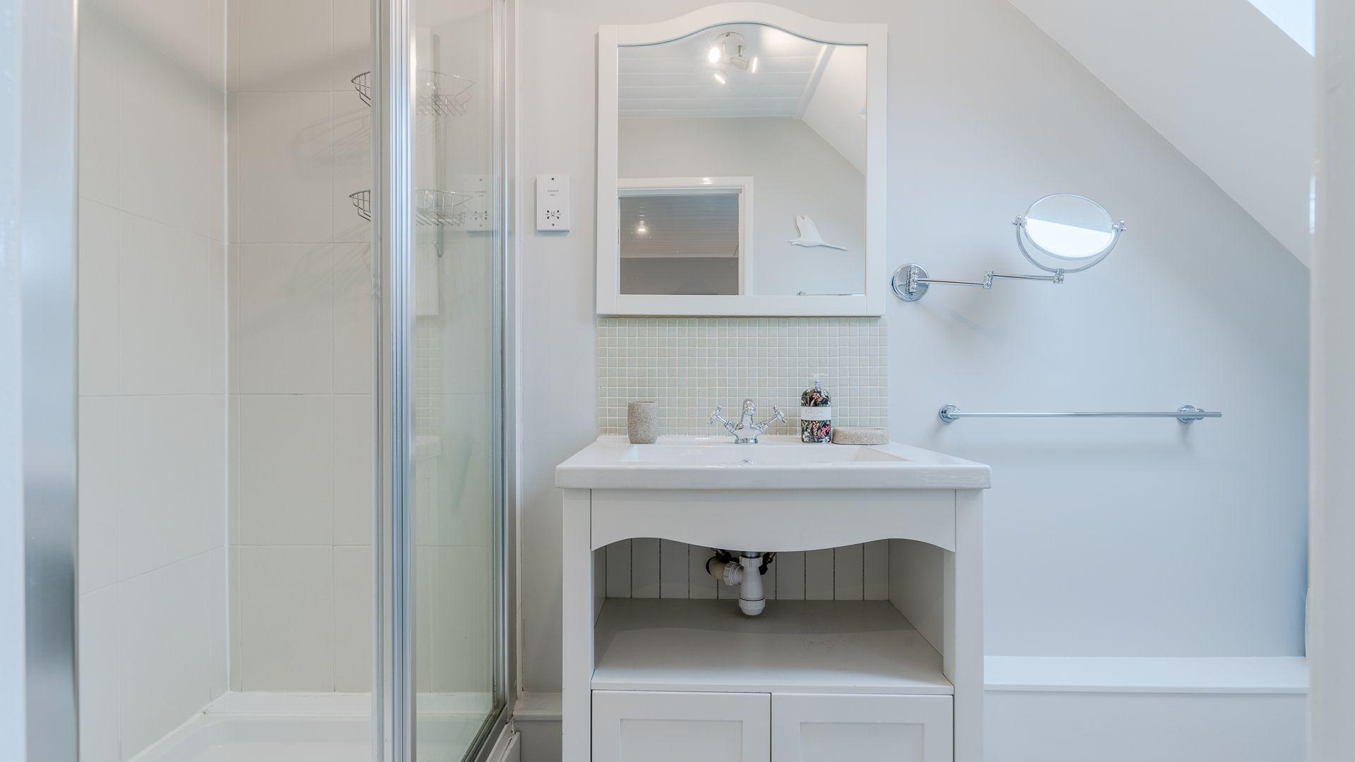 Bedroom one ensuite shower room, Mayfly Lake Lodge, Bolthole Retreats