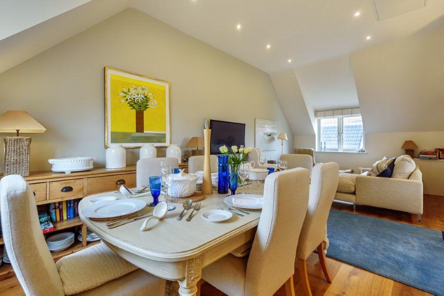 Christel Cottage   Living area