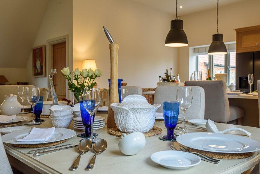 Christel Cottage   Dining table