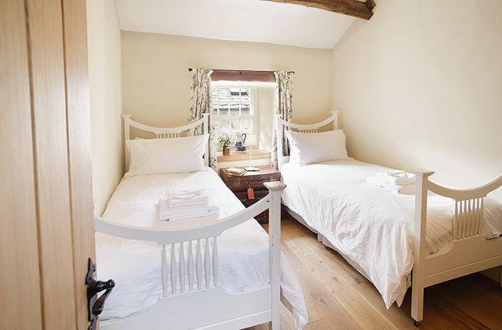 Hause Hall Farm:  First floor: The Sandwick Room