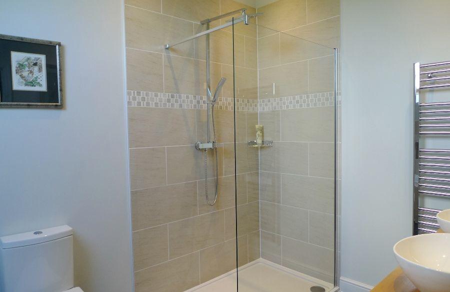 Long View   Bathroom 1