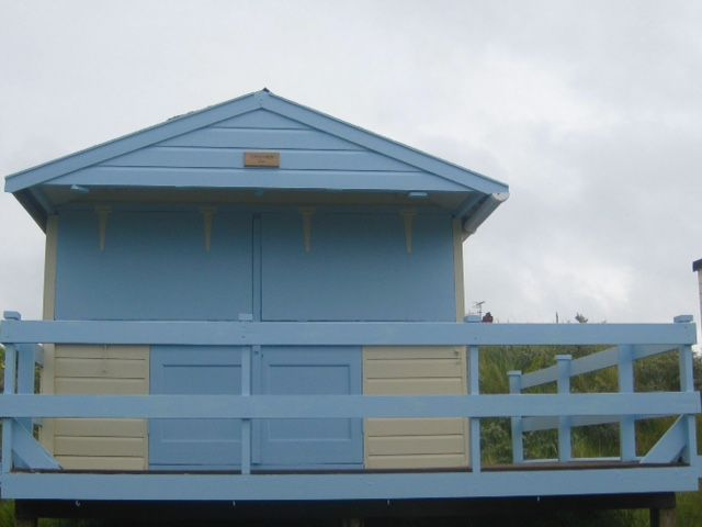 Long View | Beach Hut