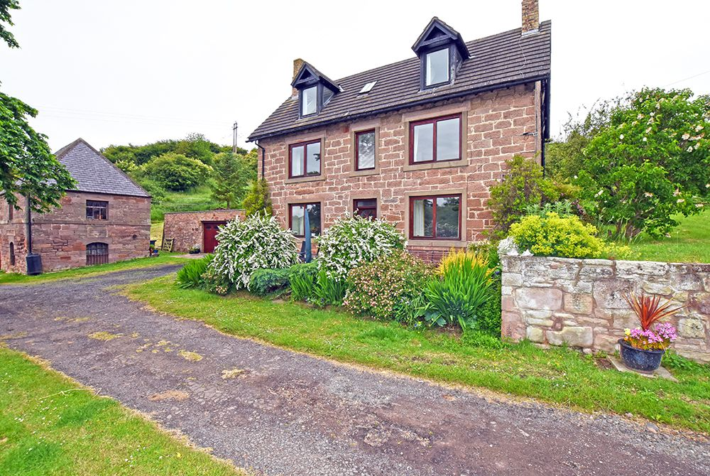 New mills house berwick upon tweed northumbria coast for Custom cottage fish house prices