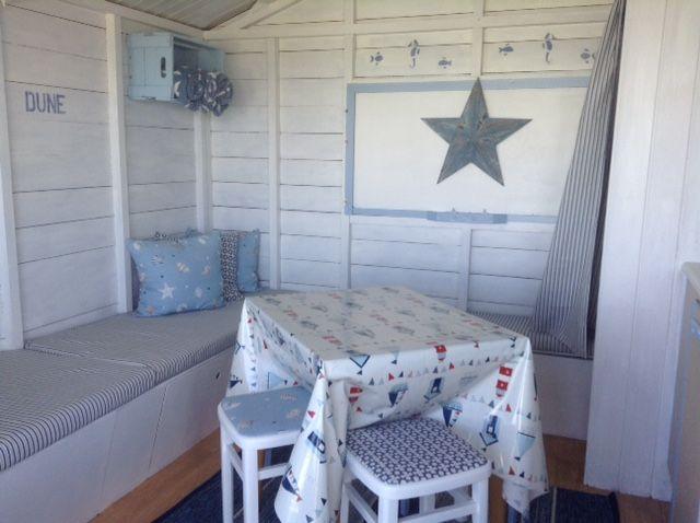 Long View   Beach hut